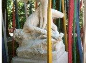 Au sujet de la statue «Le Chêne et le Roseau»